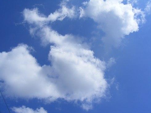 """""""Облака над морем невесомы"""" - музыка, аккомпанемент, исполнение -Vladimir Moryak - Со Всемирным Днём Океанов, Володя!"""