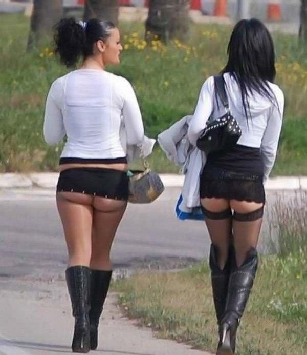 Русские женщины с молодыми все