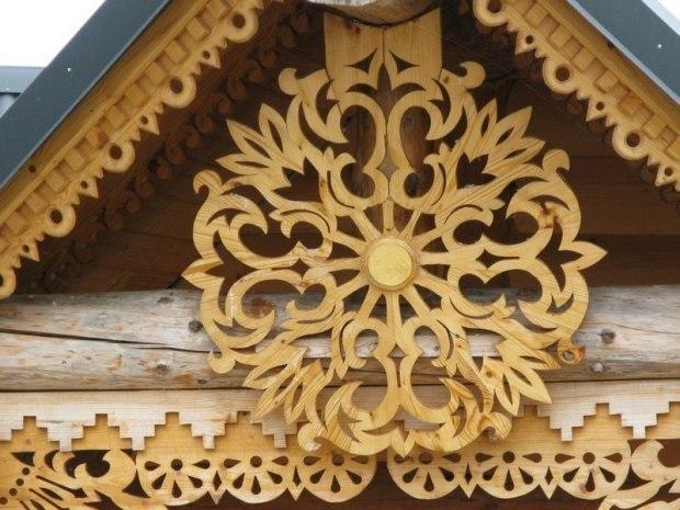 Узоры для фронтона дома фото