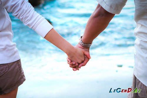 победного гола как пары держатся за руки психология том