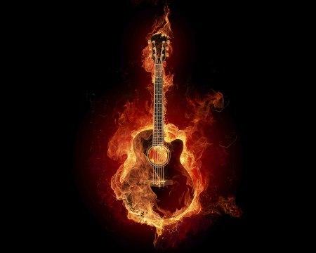 2. Мы вспомним гитары тревожные звоны...