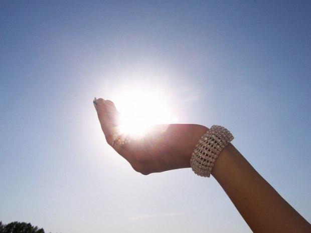 Солнце оно с тобою связано