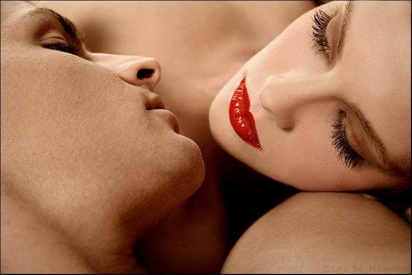 Я тебя целую в губы нежно картинки