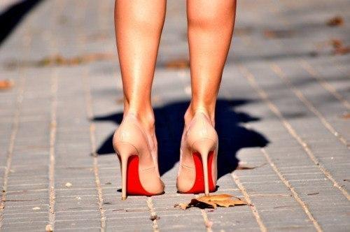 c8d141d96 Ох, уж эти каблуки! ~ Поэзия (Шуточные стихи)