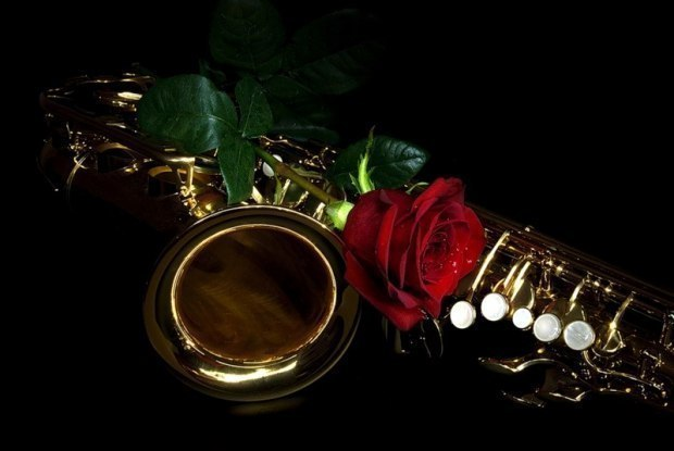 Открытки с днем рождения саксофонисту