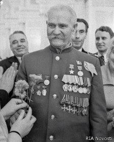 Носили ли ветераны Великой Отечественной в советское время Георгиевские ленточки?