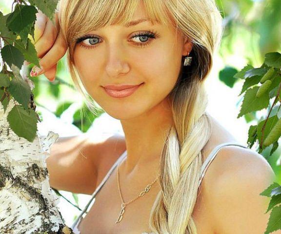 poznakomitsya-s-ocharovatelnoy-blondinkoy