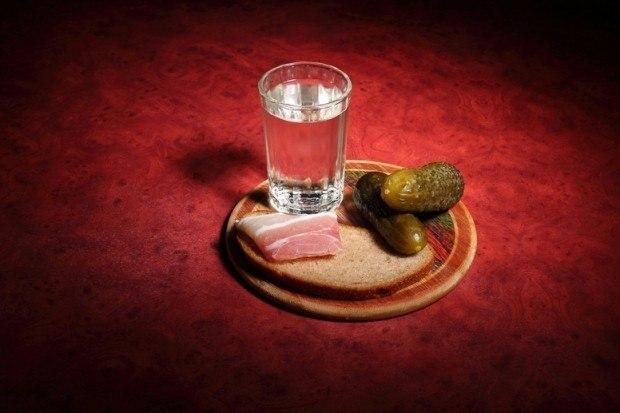 Скачать песню вася пряников разлейте русской водки по стаканам