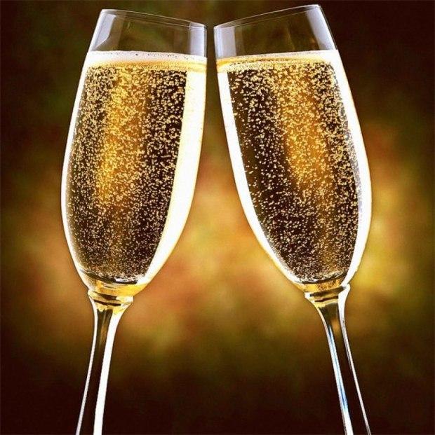 Открытка шампанское