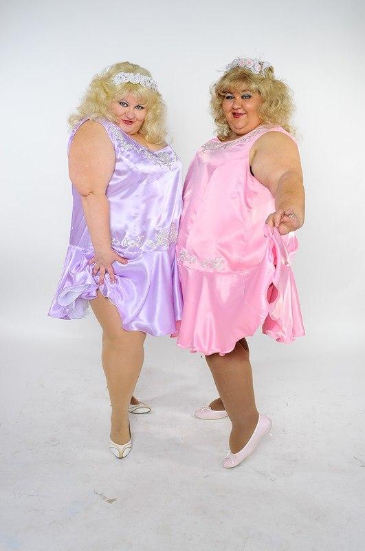 Эротика порно две жирные девушки подруги